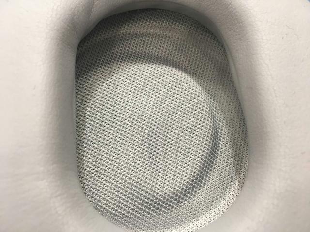Surface_Headphones_06.jpg
