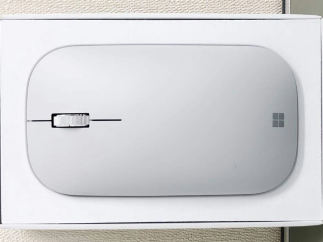 Surface_Mobile_Mouse_02.jpg