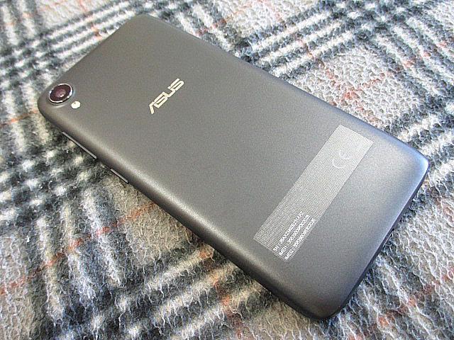 ZenFone_Live_L1_04.jpg