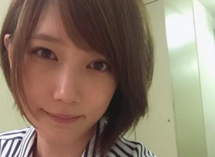 【朗報】美人女優・本田翼さん、次回のゲーム実況で「バイオRE2」をプレイする模様