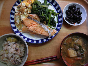 blog CP1 Dinner, Kuri Mame Gohan, Salmon, Egg, Miso shiru_DSCN3447-3.12.17.jpg