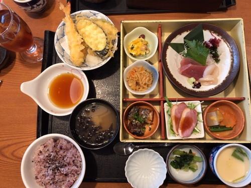 藍屋 幕張店(鴨せいろ蕎麦定食と昼の彩り弁当)