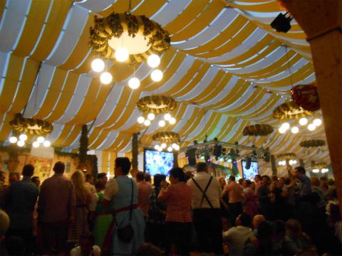 2013 volksfest5