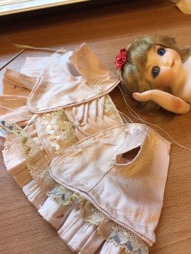 ドロシーのドレス製作