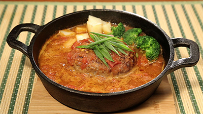 煮込みハンバーグ味噌トマト