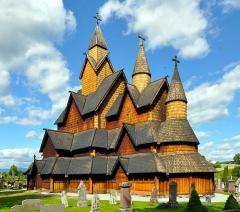ノルウェーのヘッダール・スターヴ教会